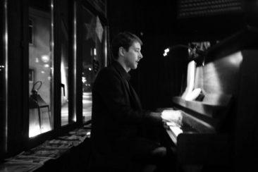 Erwin Siffer Piano